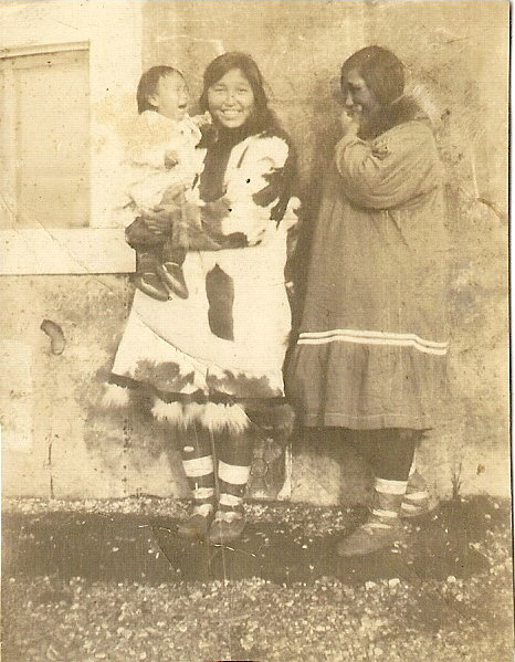 Gertrude Arnold holding ElizabethHensley and Mildred Sage from Kivalina